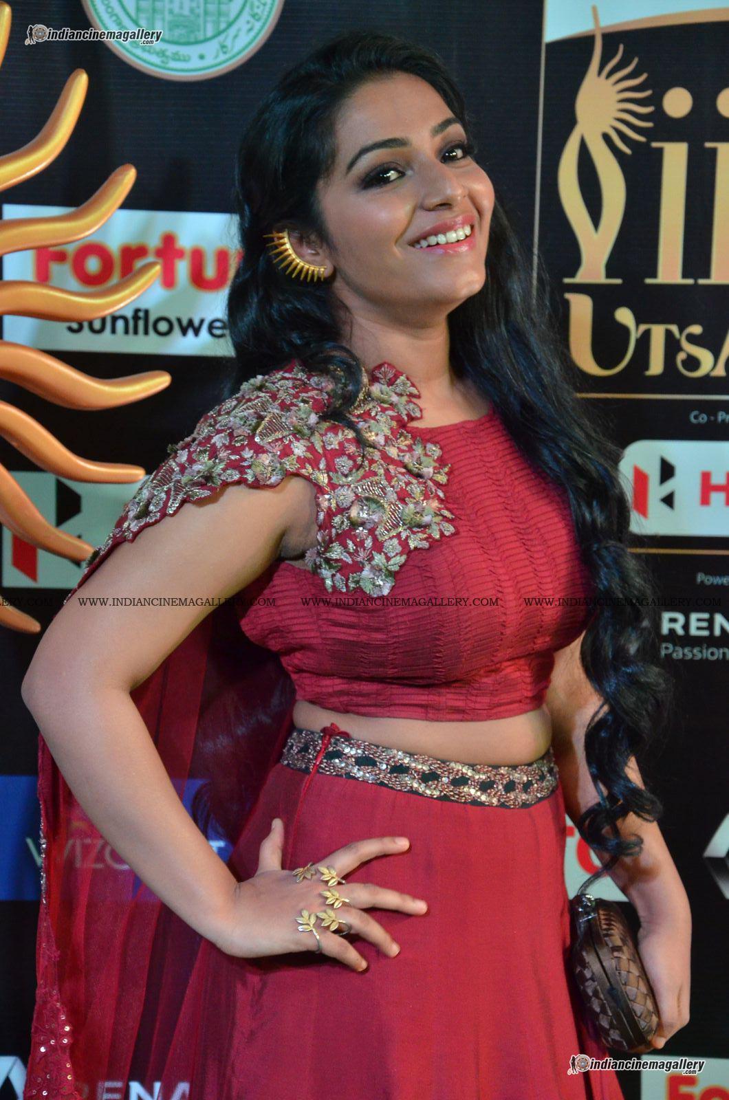 rajisha-vijayan-at-at-iifa-utsavam-awards-2017-158586