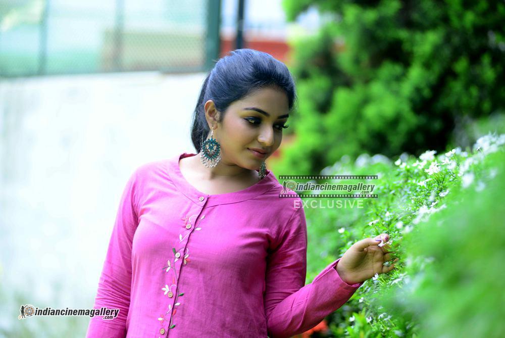 Rajisha Vijayan at oru cinemakkaran promo shoot (11)