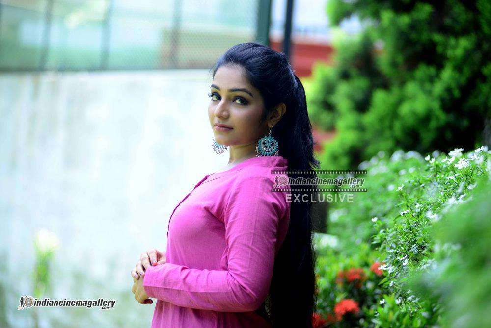 Rajisha Vijayan at oru cinemakkaran promo shoot (12)