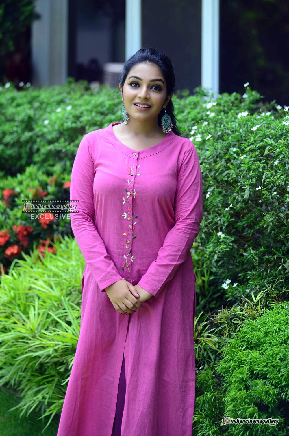 Rajisha Vijayan at oru cinemakkaran promo shoot (3)