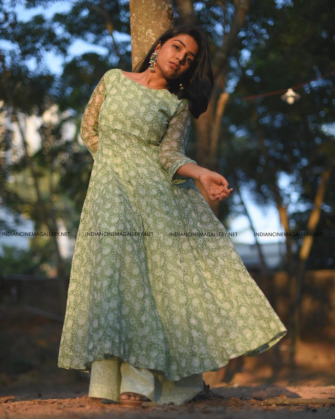 Rajisha Vijayan insta photos march 2019 (5)
