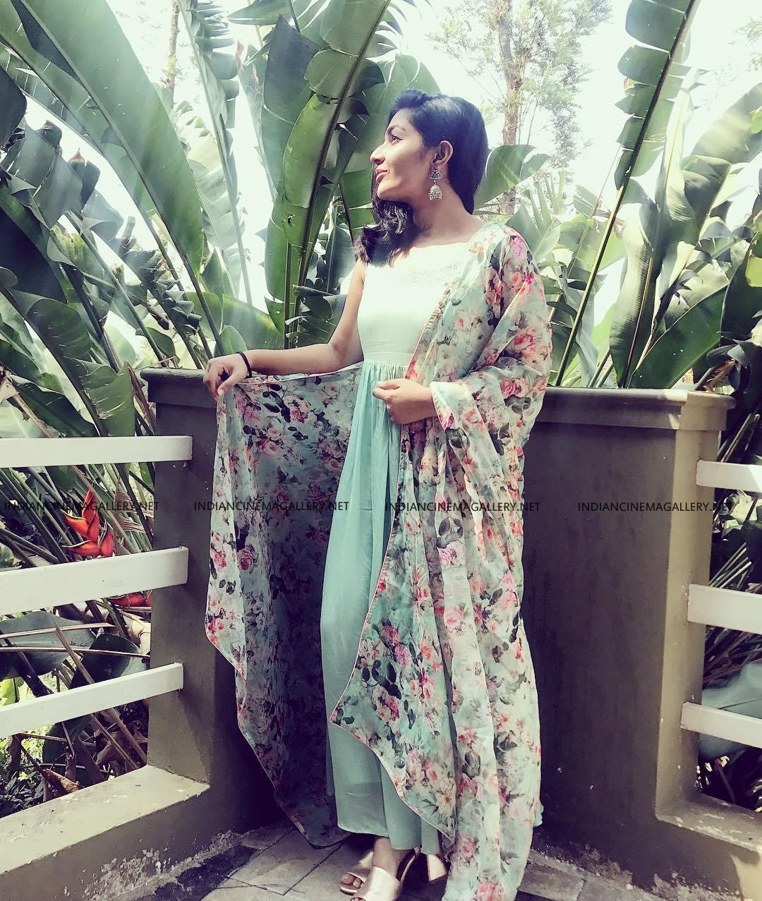 Rajisha Vijayan insta photos march 2019 (9)