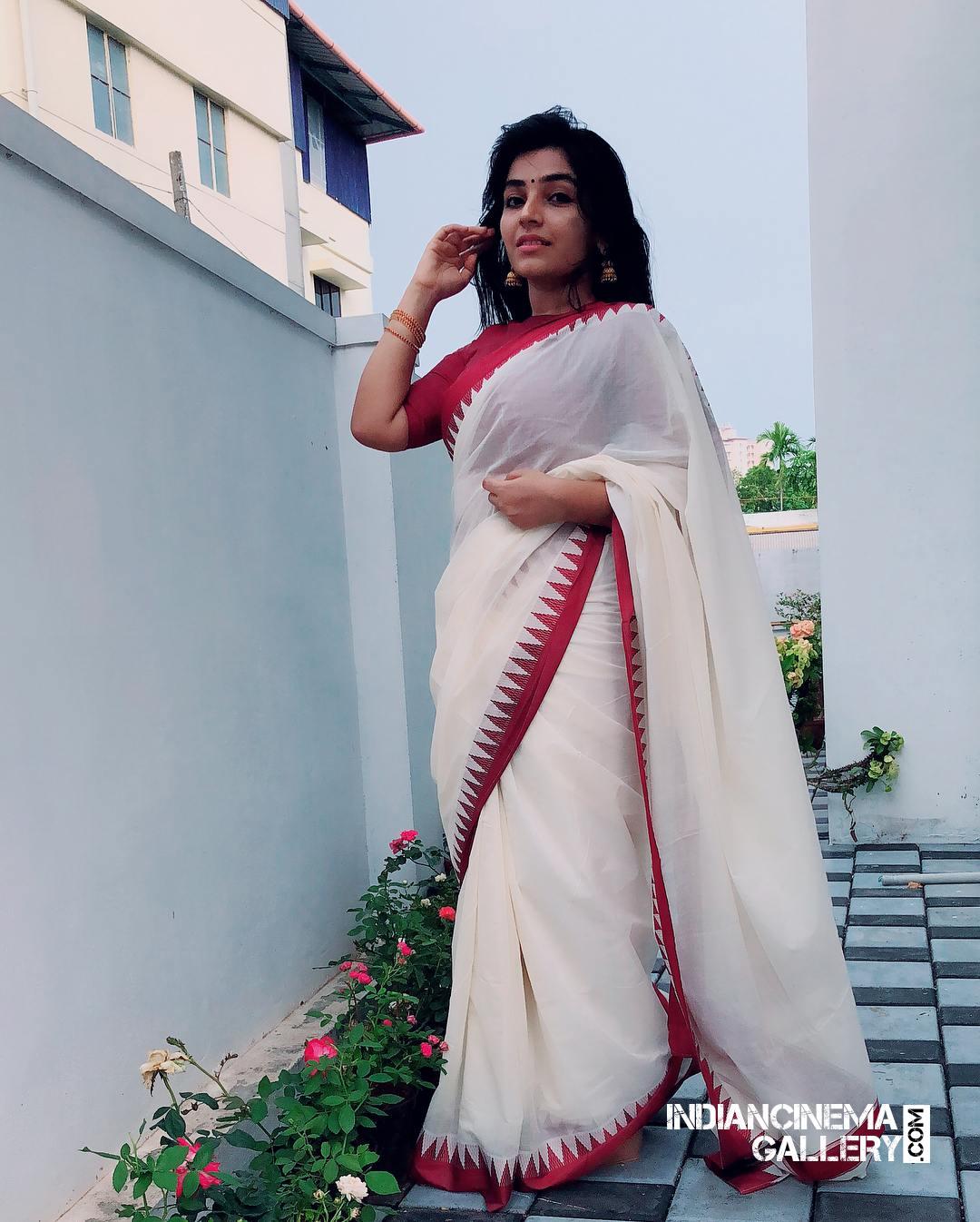 Rajisha Vijayan instagram stills april 2018 (20)