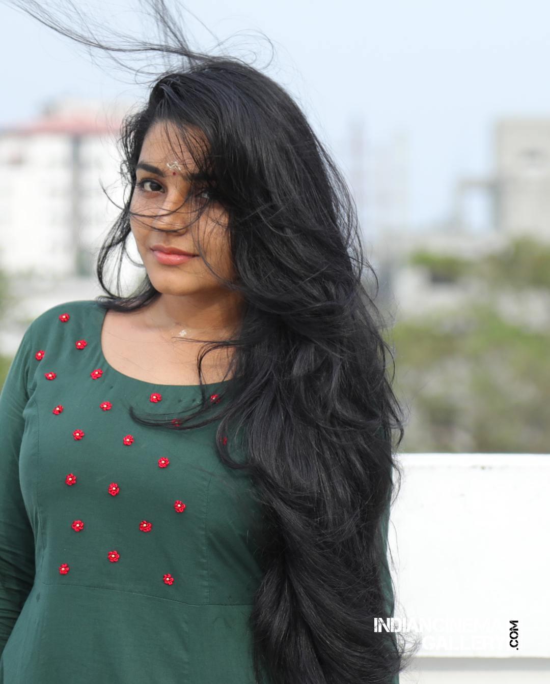 Rajisha Vijayan instagram stills april 2018 (22)