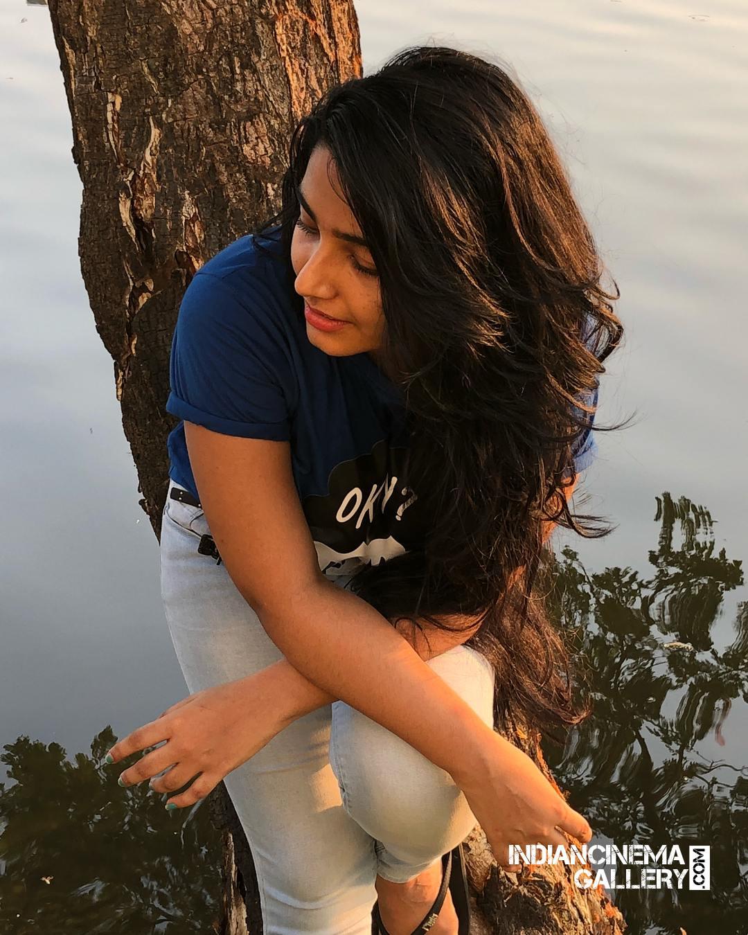 Rajisha Vijayan instagram stills april 2018 (5)