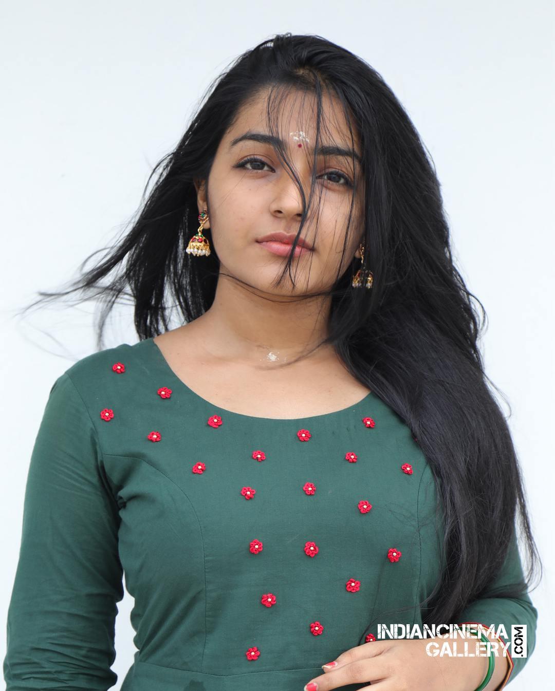 Rajisha Vijayan instagram stills april 2018 (9)
