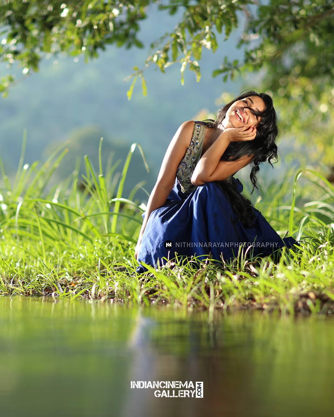 Rajisha Vijayan new photo shoot stills (2)