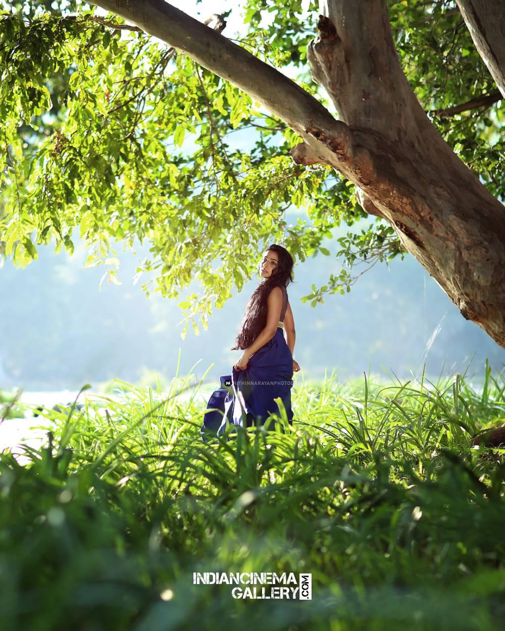 Rajisha Vijayan new photo shoot stills (6)