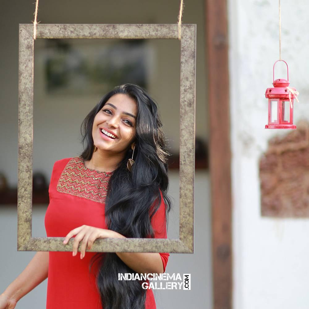 Rajisha Vijayan new photo shoot stills (9)
