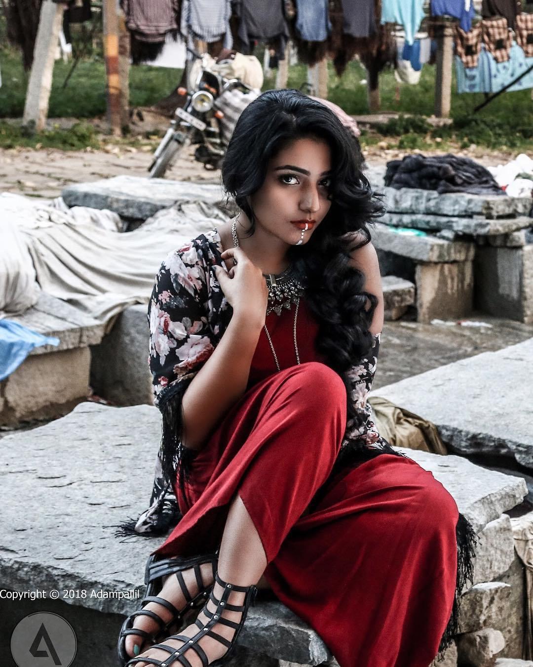 Rajisha Vijayan photo shoot stills (10)