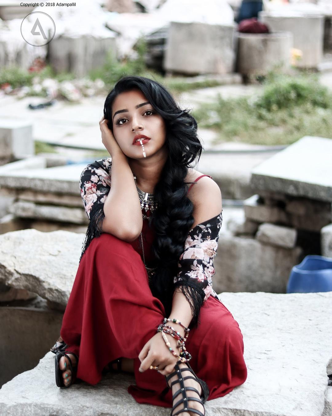 Rajisha Vijayan photo shoot stills (11)