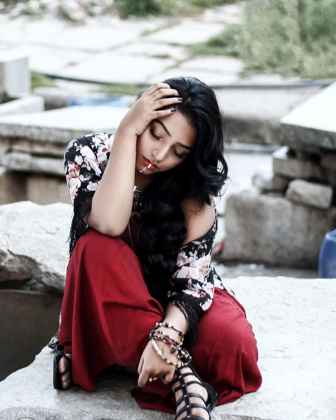 Rajisha Vijayan photo shoot stills (12)