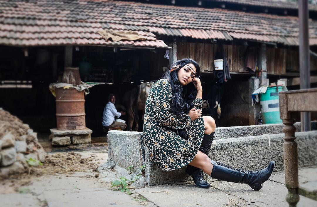 Rajisha Vijayan photo shoot stills (16)