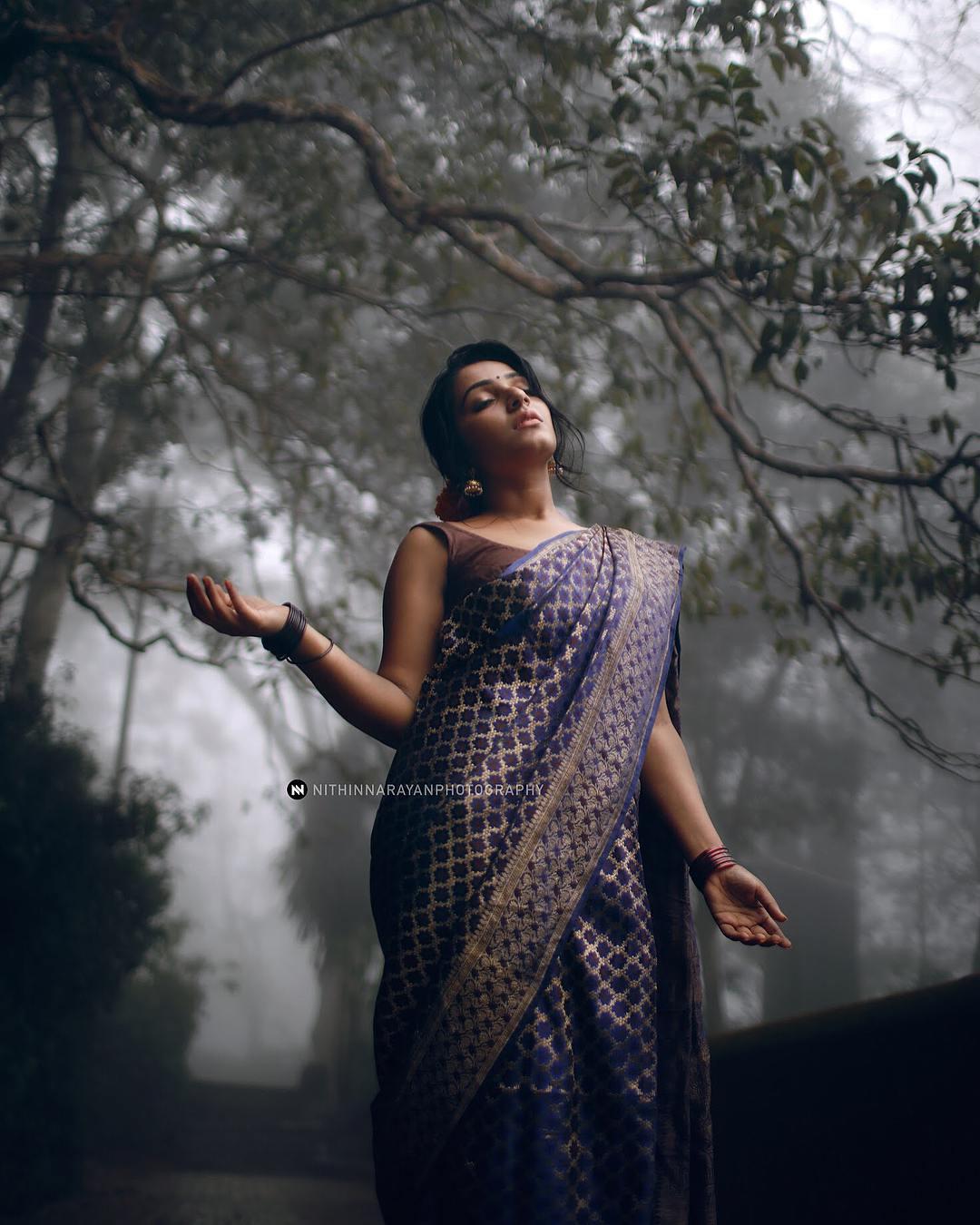 Rajisha Vijayan photo shoot stills (20)