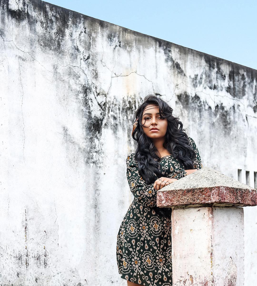 Rajisha Vijayan photo shoot stills (7)