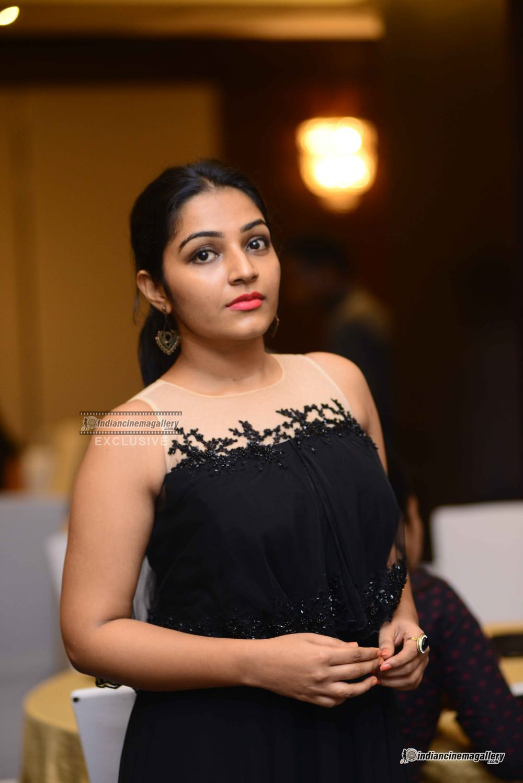 Rajisha Vijjayan at anand c chandran reception (14)