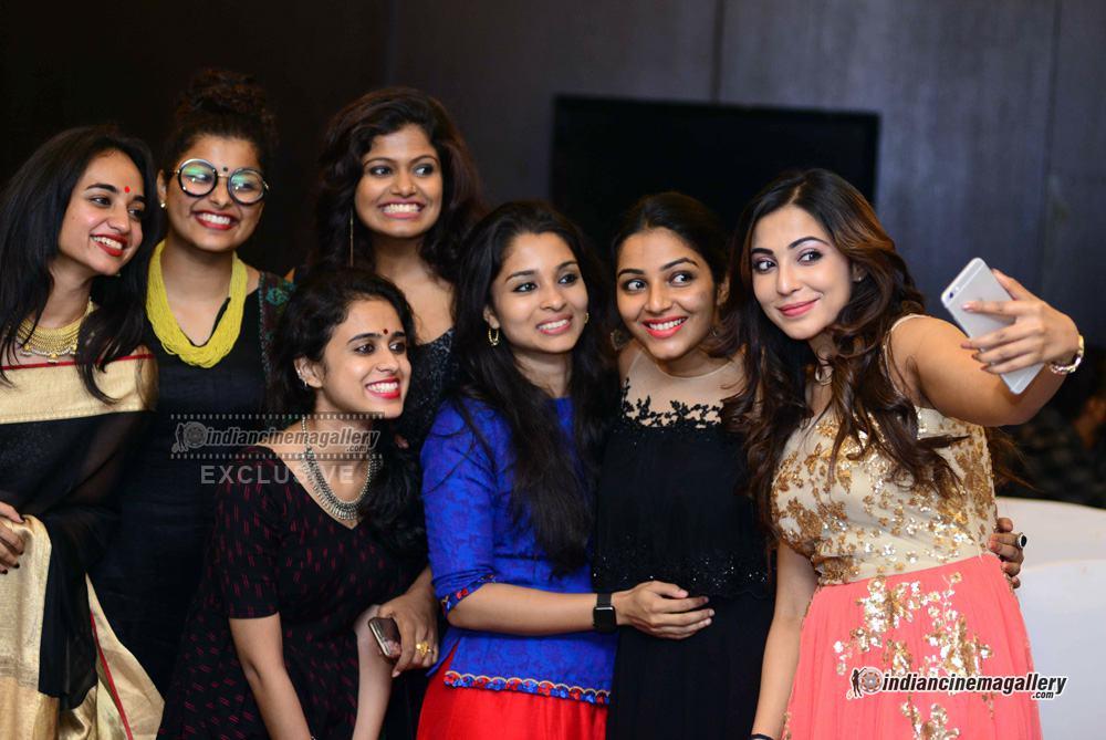 Rajisha Vijjayan at anand c chandran reception (5)