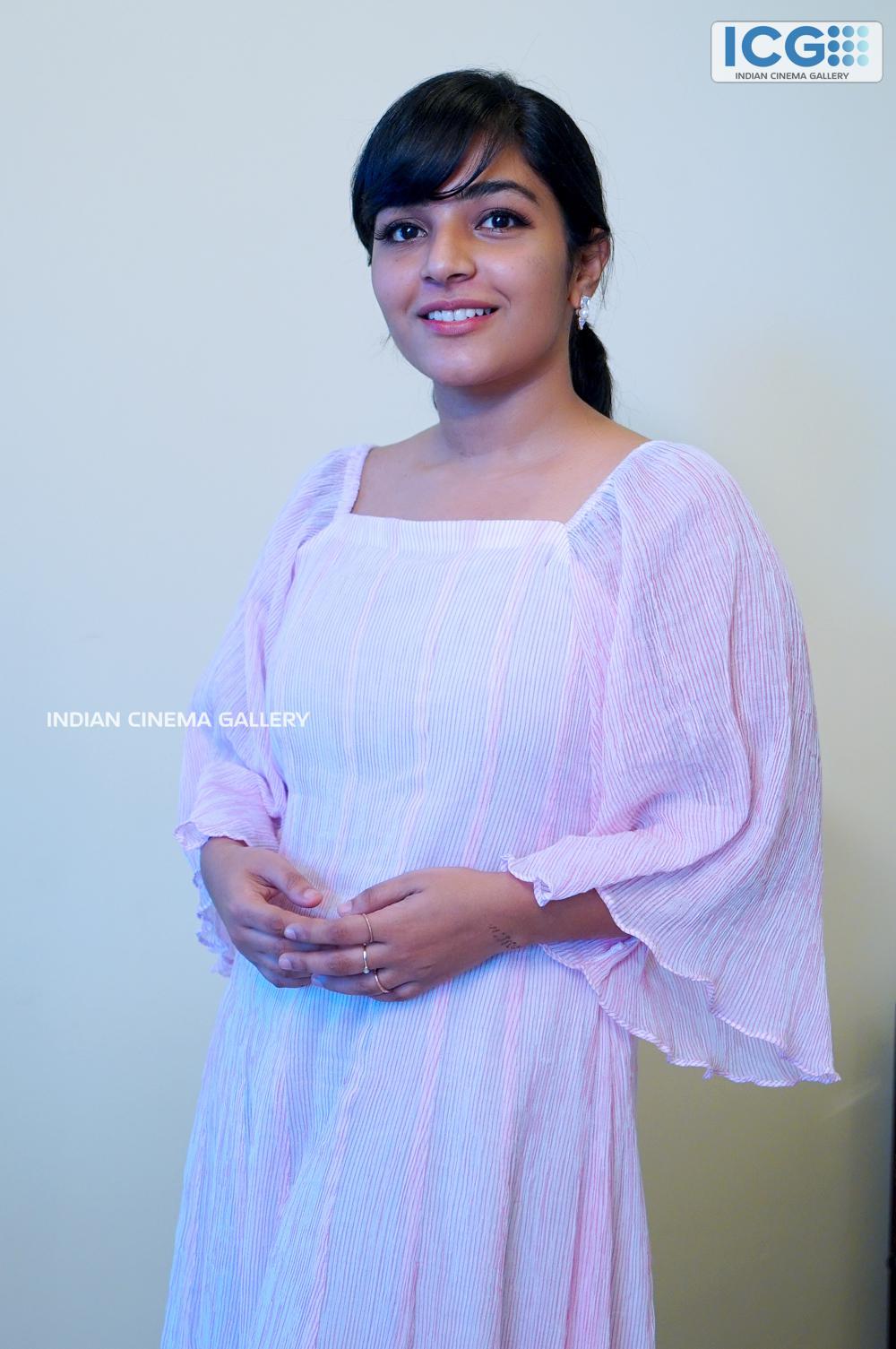 Rajisha vijayan at finals promo shoot (5)