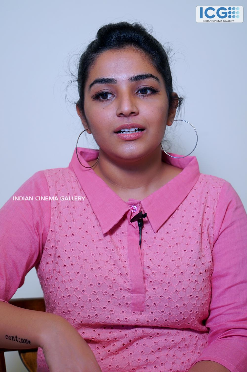 Rajisha vijayan at finals promo shoot (6)