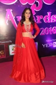 rashi-khanna-at-apsara-awards-2016-18407