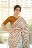 Rashi Khanna at Prati Roju Pandage Movie Thanks Meet (4)