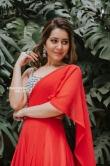 Rashi khanna in red dress stills (1)