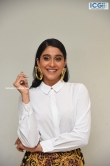 regina cassandra at evaru movie thanks meet (11)