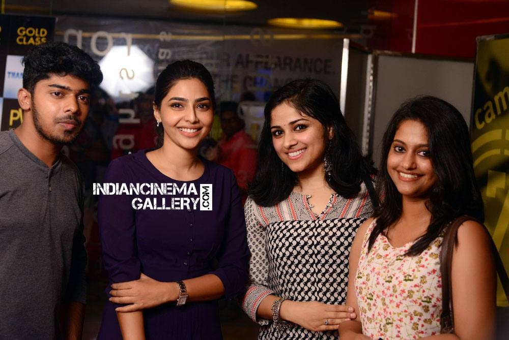 Chandini Sreedharan at Tharangam movie Premiere Show (19)