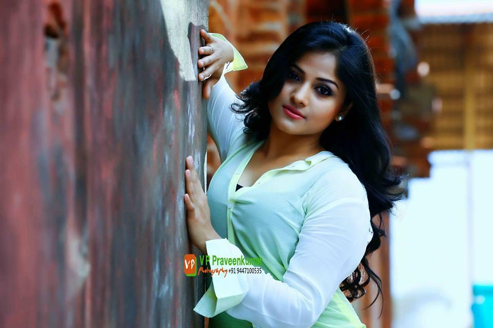 Chandini Sreedharan photo shoot (1)