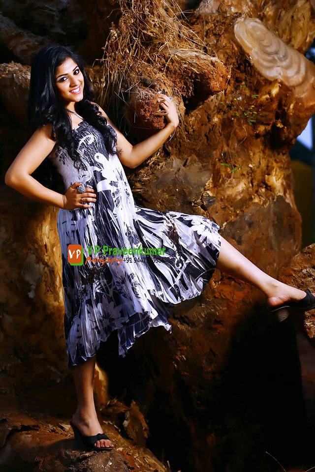 Chandini Sreedharan photo shoot (5)