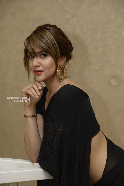 sakshi chowdary at Suvarna Sundhari Movie Trailer Launch (11)