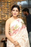 Samantha at Jaanu Movie Thanks Meet (1)