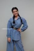 samantha in blue dress stills (10)