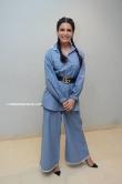 samantha in blue dress stills (6)