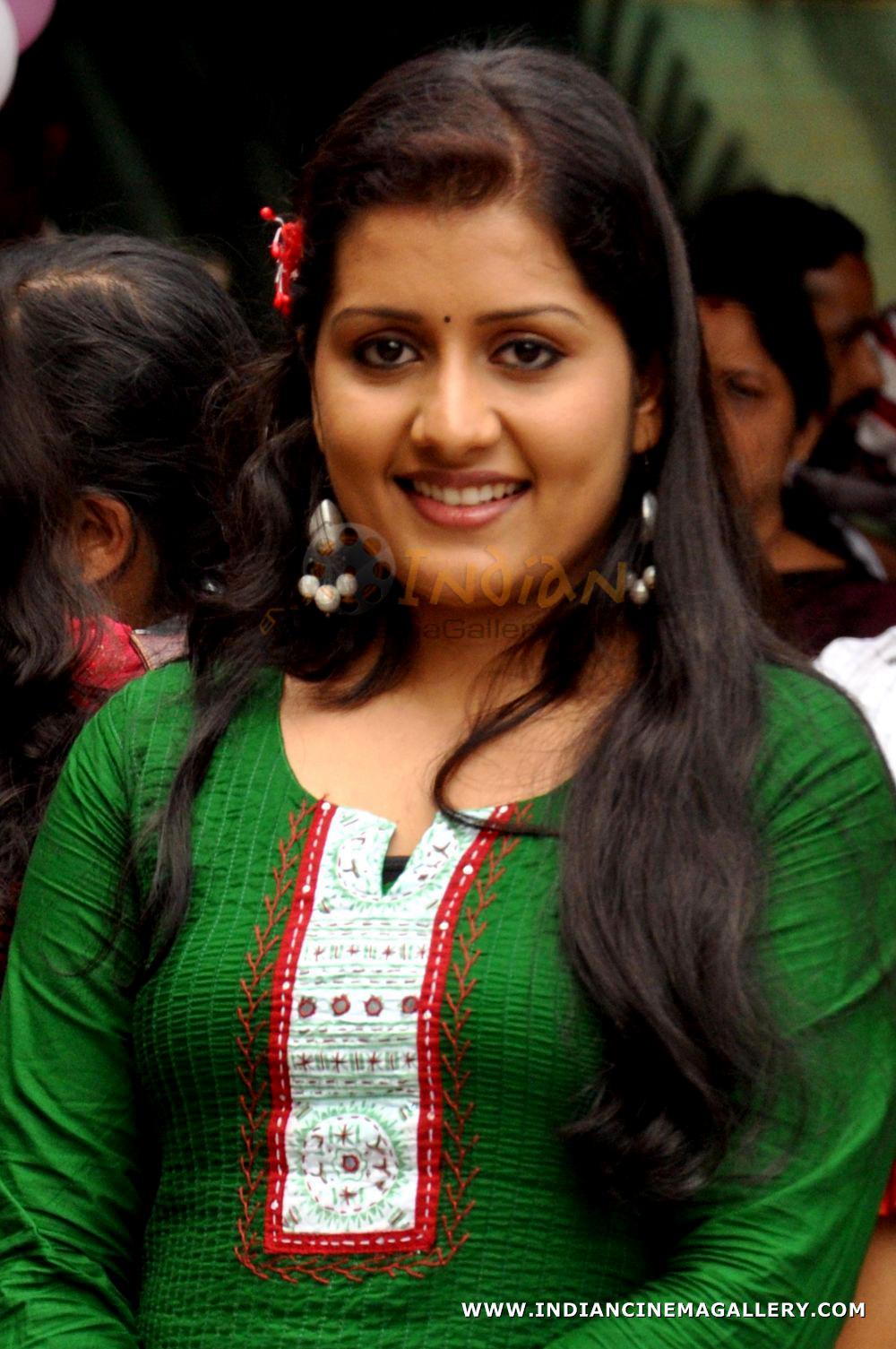 Actress Sarayu 2011 Photos 15633