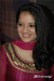 shafna-at-vineeth-sreenivasan-reception-stills-137592