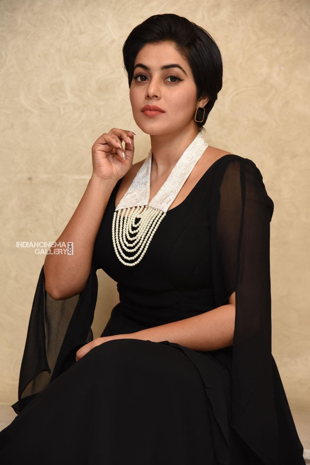 Shamna Kasim at Suvarna Sundhari Movie Trailer Launch (19)