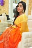poorna-during-at-beauty-salon-in-vijayawada-111159