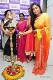 poorna-during-at-beauty-salon-in-vijayawada-35578
