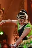 poorna-shamna-kasim-at-flowers-vismaya-gaana-sandhya-86431