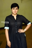 Shamna Kasim poorna in black dress stills (4)
