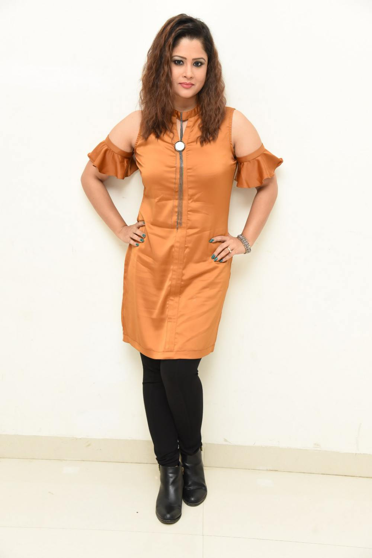 shilpa chakravarthy at peta movie audio launch (1)