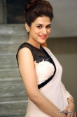 shraddha-das-at-guntur-talkies-trailer-launch-32824