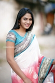 Shruti Reddy stills new (1)