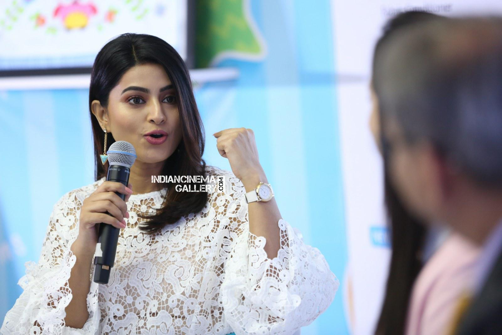 sneha comfort pure fabric conditioner launch (26)