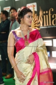 sneha-at-iifa-utsavam-awards-2017-57327