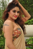 sony-charishta-at-aura-fashion-exhibition-launch-227258