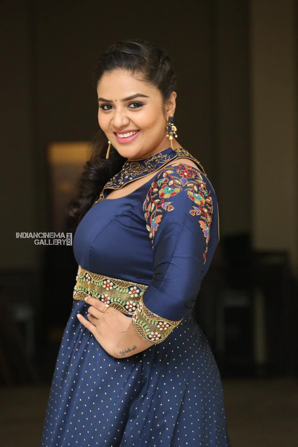 Sreemukhi at Diksuchi Audio function (11)