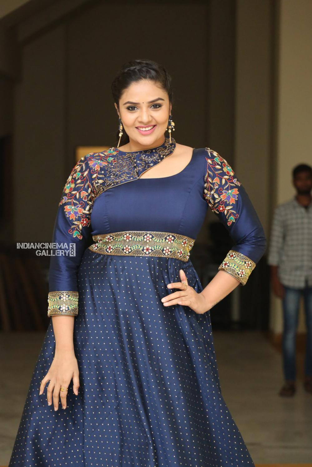 Sreemukhi at Diksuchi Audio function (2)