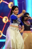 Sruthi Lakshmi at ZEE Keralam channel launch (8)